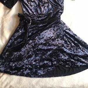 American Eagle Outfitters Dresses - NEW Mini Velvet dress!